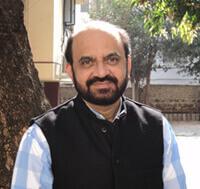 dr vidyadhar bapat - Vidyadhar Bapat